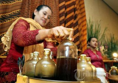 Sehat Alami Dengan Aneka Jamu Tradisional
