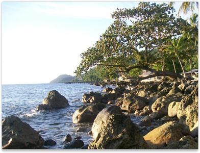Wisata Pantai Pulau Anambas - Pantai Arung Hijau