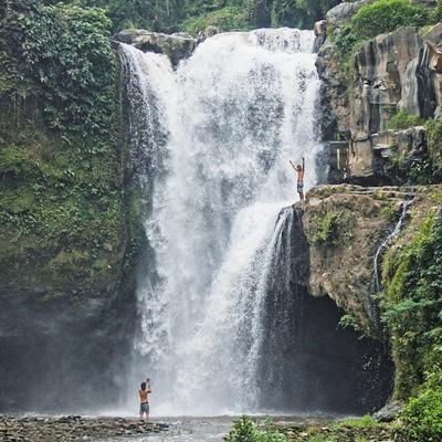 5. Indahnya Air Terjun Tegenungan