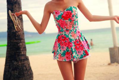 Inspirasi Baju Khas Musim Panas untuk Liburan