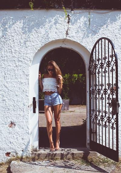 2. Cropped Top