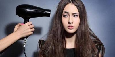 Terlalu Sering Menggunakan Hair Dryer