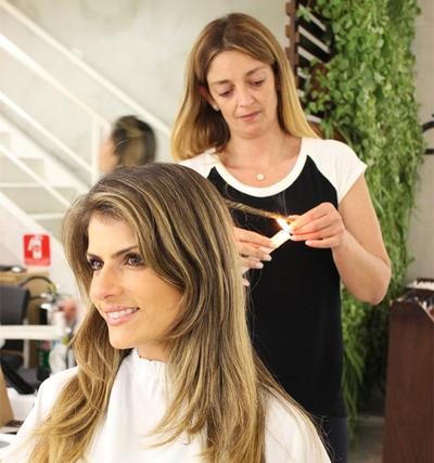 Velaterapia: Tren Perawatan Bakar Rambut Dari Brazil