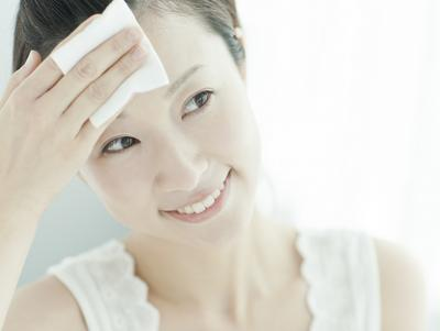 Dasar Memperbaiki Makeup