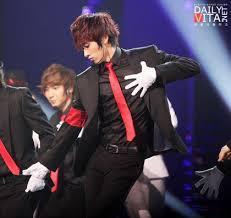 3. Eunhyuk (Super Junior)