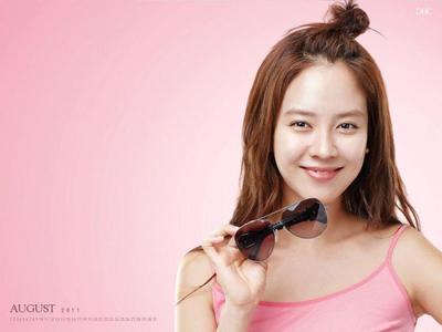 "Rahasia Cantik dan Langsing ""Ace"" Song Ji Hyo"