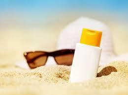 Rekomendasi Sunblock untuk ke Pantai