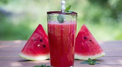 Konsumsi Semangka Setelah Makan