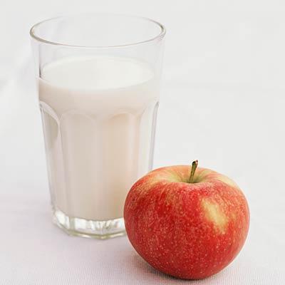 Apel dan Susu Skim