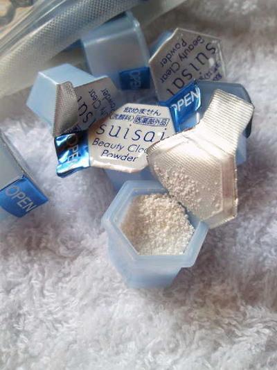 Wajah Bersih Tuntas Dengan Enzyme Cleanser