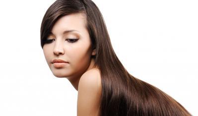 6) Melindungi dari Rambut & Kulit Kepala Kering