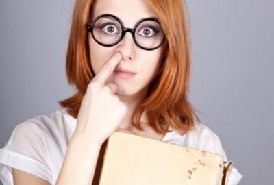 6 Cara Menghilangkan Bulu Hidung yang Memanjang