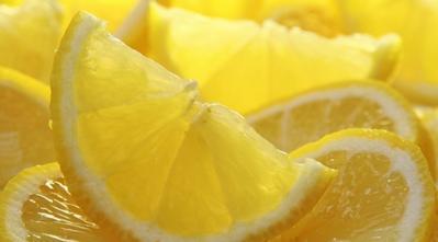 4 Alasan Lemon Cocok Digunakan Sebagai Tips Kulit Cerah Alami