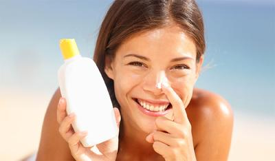 Cara Menggunakan Sunscreen di Wajah Bersama Dengan Makeup