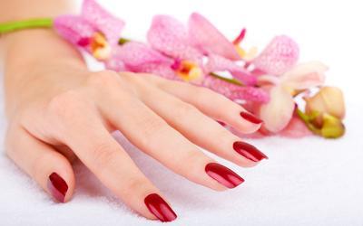 Tutorial Praktis Melakukan Manicure di Rumah