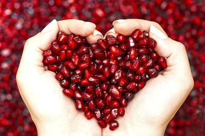 Manfaat Utama Pomegranate untuk Kulit