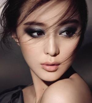 Inspirasi 5 Gaya Makeup Untuk ke Pesta