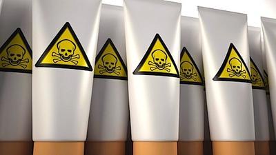 Hindari Kandungan Zat Produk Skincare yang Berbahaya bagi Kulit