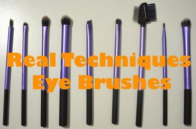 10 Peralatan Makeup yang Wajib Dimiliki
