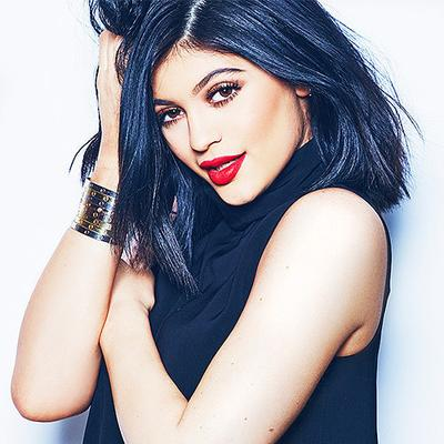 Trik Perawatan Kulit Kylie Jenner