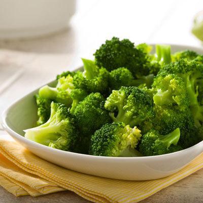 9 Makanan Pencegah Kanker Payudara