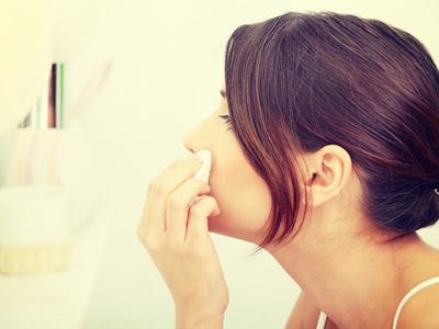 5. Pasta Gigi Bisa Menyembuhkan Jerawat