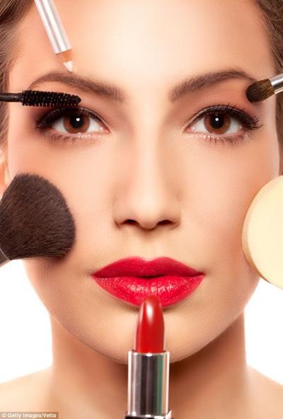 Tutorial Makeup yang Mudah & Cepat