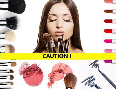 Risiko Menggunakan Makeup yang Kedaluwarsa
