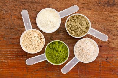 8. Terlalu Sering Minum Protein Shake