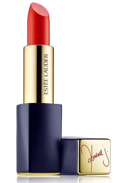 Kendal Jenner, Estee Lauder Pure Color Envy Matte Sculpting Lipstick in Restless