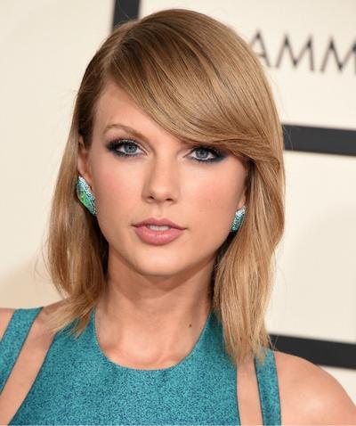 14 Tampilan Makeup Red Carpet Terbaik 2015