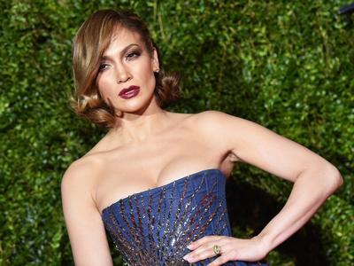 Tampilan Makeup Jennifer Lopez