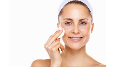5 Bahan Alami Sebagai Pengganti Makeup Remover