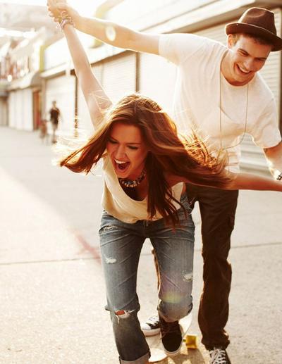 Tips Menjaga Hubungan Agar Selalu Hangat & Menyenangkan