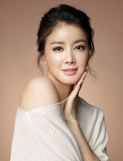Lee Si Young in - My Beautiful Bride