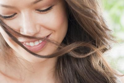 Tips Memperoleh Bibir Berwarna Merah Alami