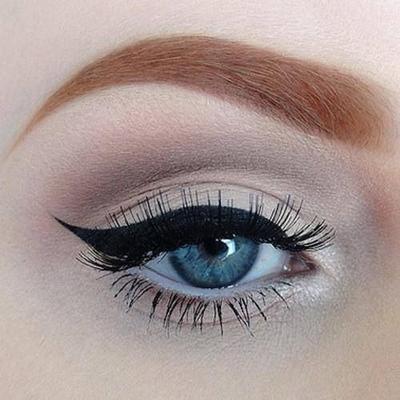 6 Jenis Eyeliner Sesuai Dengan Kegunaan Merias Mata
