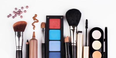Tips Belanja Makeup Super Hemat
