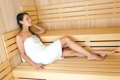 4. Hindari Mandi Uap/Sauna