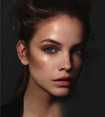 Shimmery Skin Without Contouring, Bryce Gruber