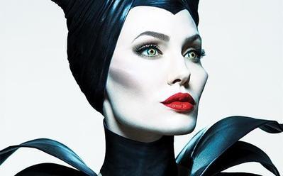 Tutorial Makeup ala Angelina Jolie di Film Maleficent