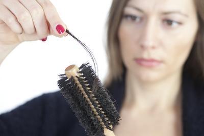 6 Tips Agar Rambut Tetap Sehat & Tidak Rontok