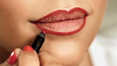 Tips Tepat Menggunakan Lip Liner