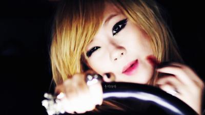 Makeup Mata Cantik ala CL 2NE1 di MV Can't Nobody