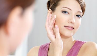 7 Fungsi Menggunakan Primer Dalam Rutinitas Makeup