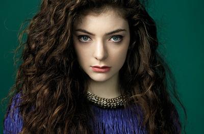 Tips Merawat Rambut Keriting Agar Tidak Mudah Kusut