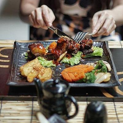 1. Ebisu Japanese Cuisine - Mercure