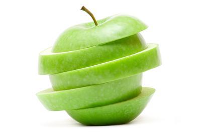 Alasan Mengapa Sebaiknya Memakan Apel Bersama Kulitnya