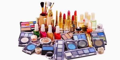 Hati-Hati Kosmetik Kadaluwarsa Dapat Sebabkan Masalah Kulit!