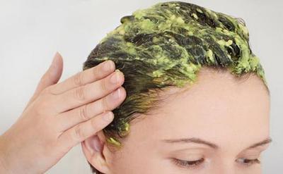 1. Perawatan Rambut Berkilau